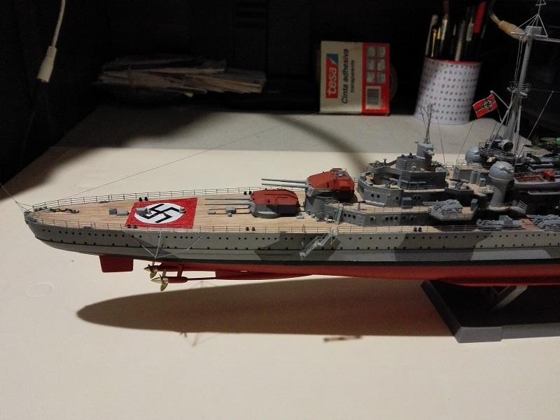 DKM Admiral Hipper Heavy Cruiser a 1/350 de Trumpeter Img_2198