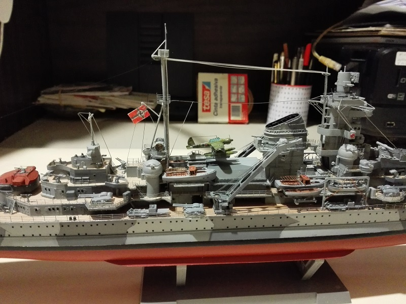 DKM Admiral Hipper Heavy Cruiser a 1/350 de Trumpeter Img_2199