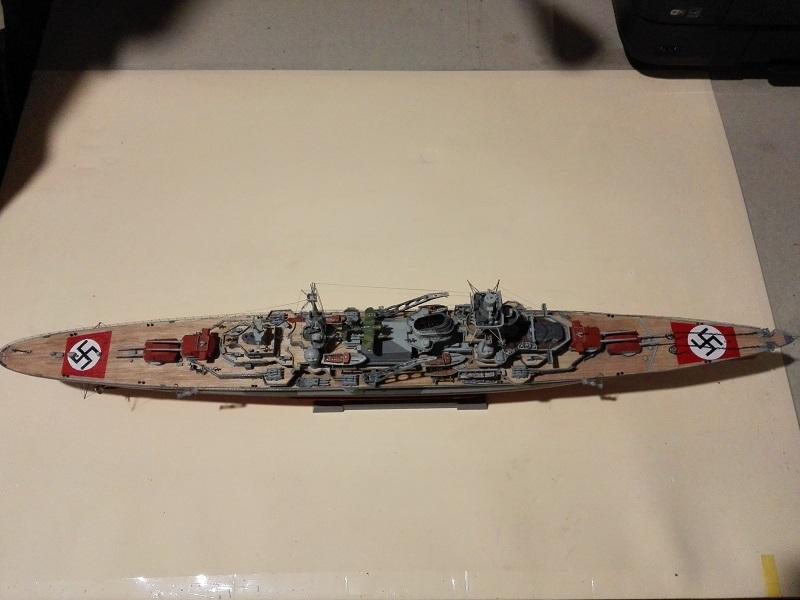 DKM Admiral Hipper Heavy Cruiser a 1/350 de Trumpeter Img_2203