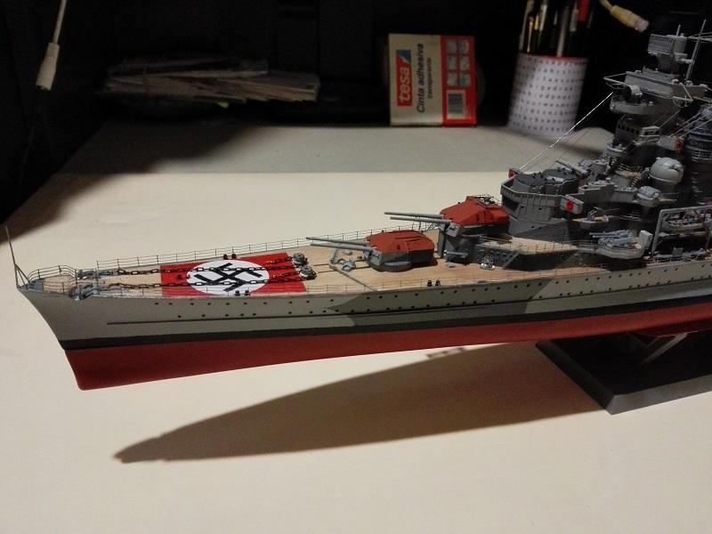 DKM Admiral Hipper Heavy Cruiser a 1/350 de Trumpeter Img_2204