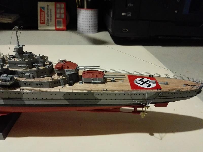 DKM Admiral Hipper Heavy Cruiser a 1/350 de Trumpeter Img_2207