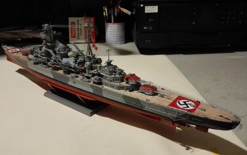 DKM Admiral Hipper Heavy Cruiser a 1/350 de Trumpeter Img_2208