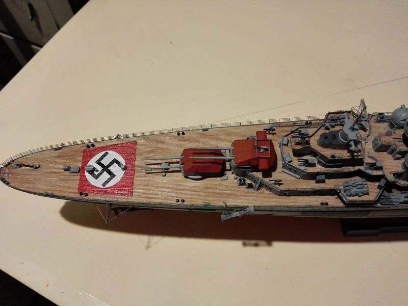 DKM Admiral Hipper Heavy Cruiser a 1/350 de Trumpeter Img_2210