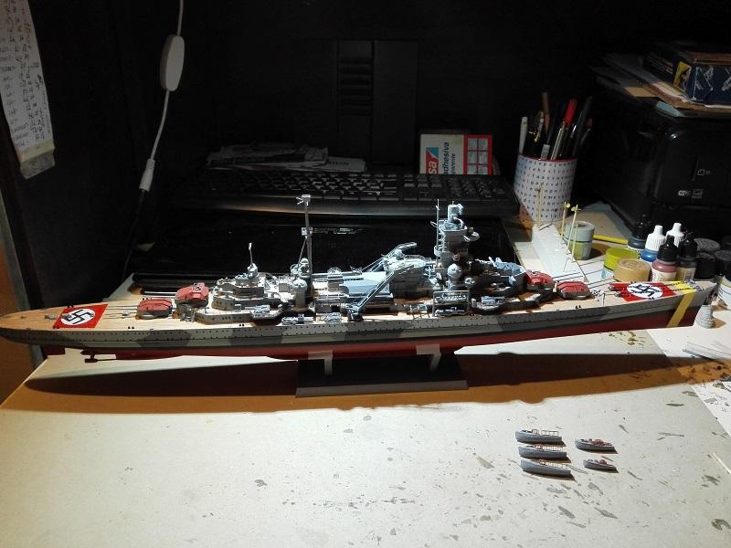 DKM Admiral Hipper Heavy Cruiser a 1/350 de Trumpeter Img_2221