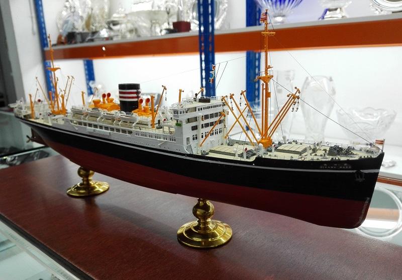 N.Y.K.Line Hikawa Maru  Img_2321