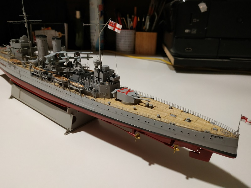 HMS Exeter 1/350 de Trumpeter Img_2423