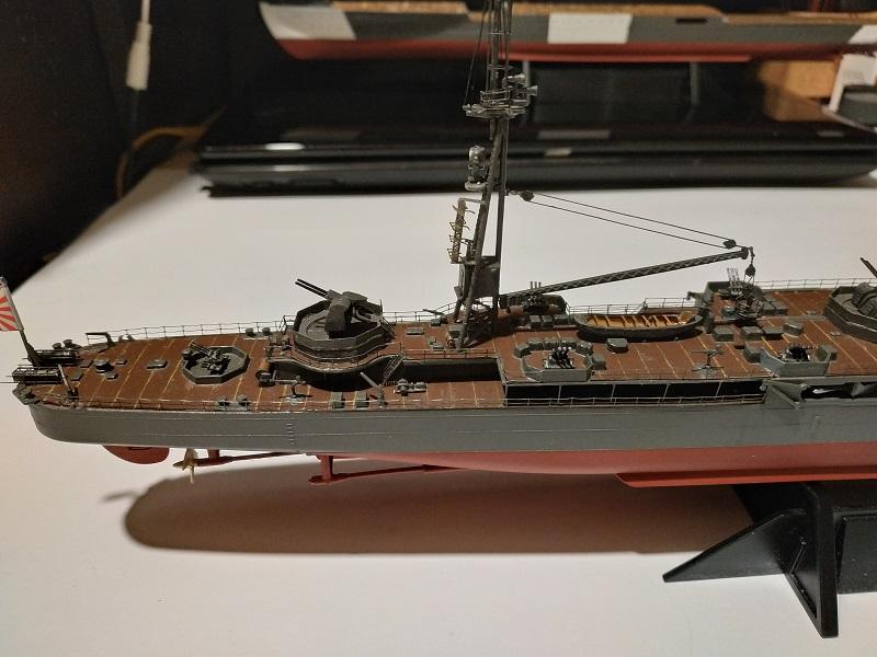 IJN Isuzu Light Cruiser a 1/350 de Aoshima Img_2431