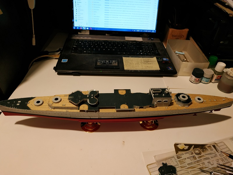 HMS Cornwall a 1/350 de Trumpeter Img_2511