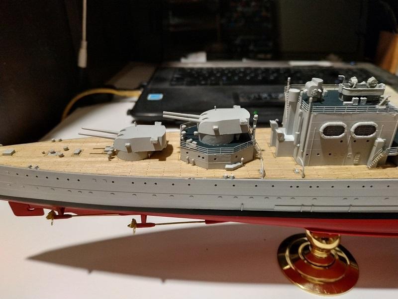 HMS Cornwall a 1/350 de Trumpeter Img_2515