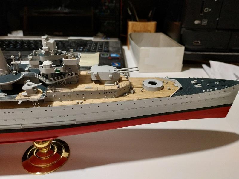 HMS Cornwall a 1/350 de Trumpeter Img_2517