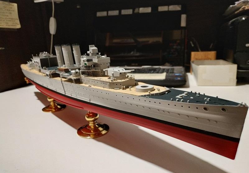 HMS Cornwall a 1/350 de Trumpeter Img_2518
