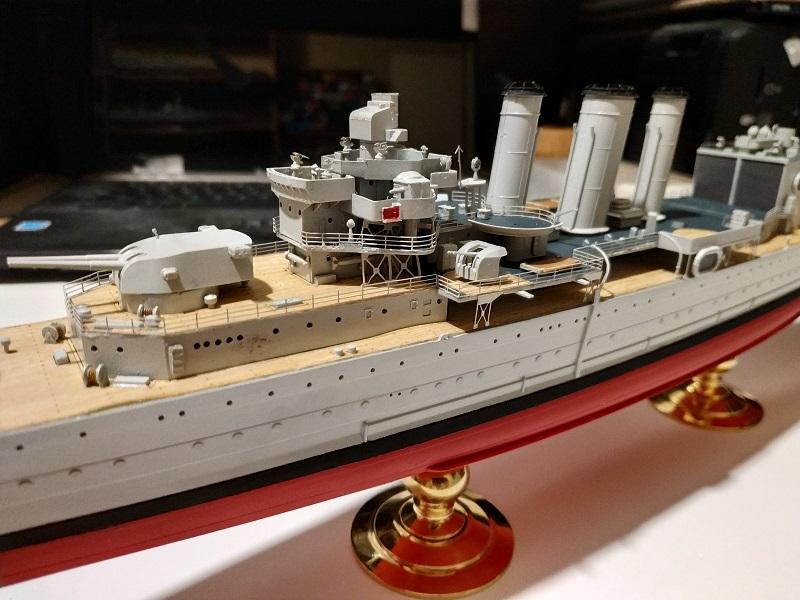 HMS Cornwall a 1/350 de Trumpeter Img_2519