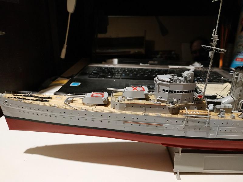 HMS Exeter a 1/350 de Trumpeter Img_2525