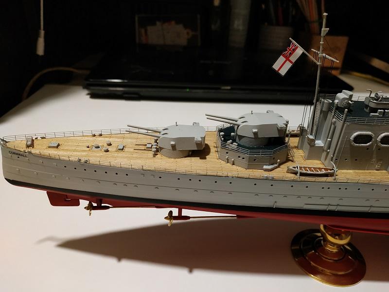 HMS Cornwall Croiseur Pesant 1/350 de Trumpeter Img_2547