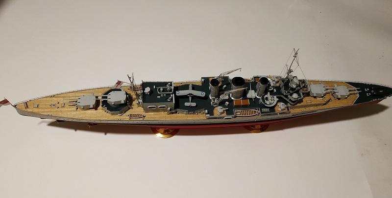 HMS Cornwall Croiseur Pesant 1/350 de Trumpeter Img_2551