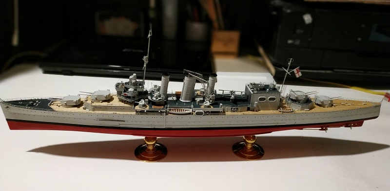 HMS Cornwall Croiseur Pesant 1/350 de Trumpeter Img_2557