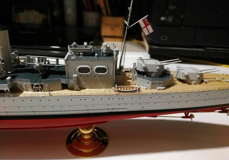 HMS Cornwall Croiseur Pesant 1/350 de Trumpeter Img_2562