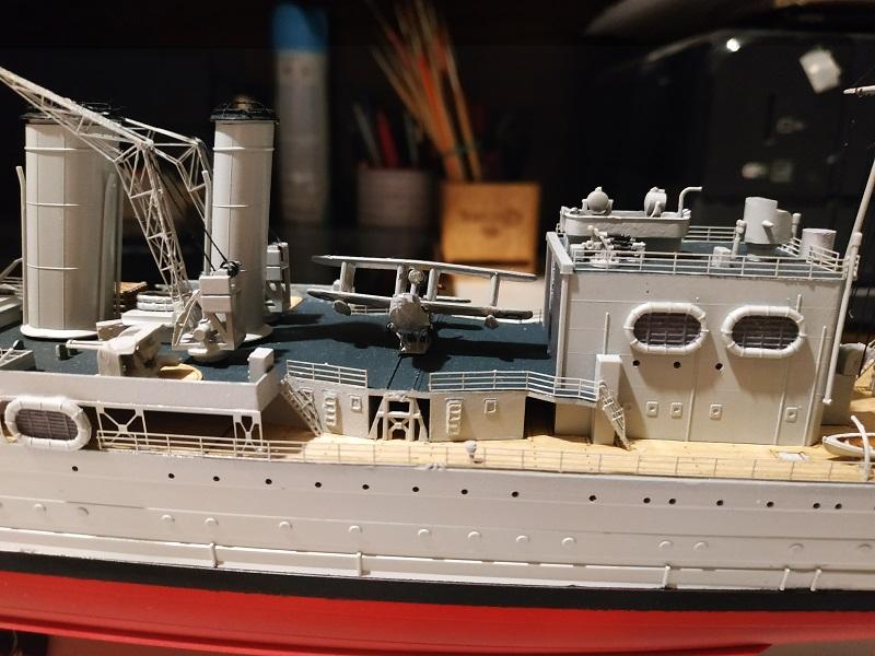 HMS Cornwall Croiseur Pesant 1/350 de Trumpeter Img_2571