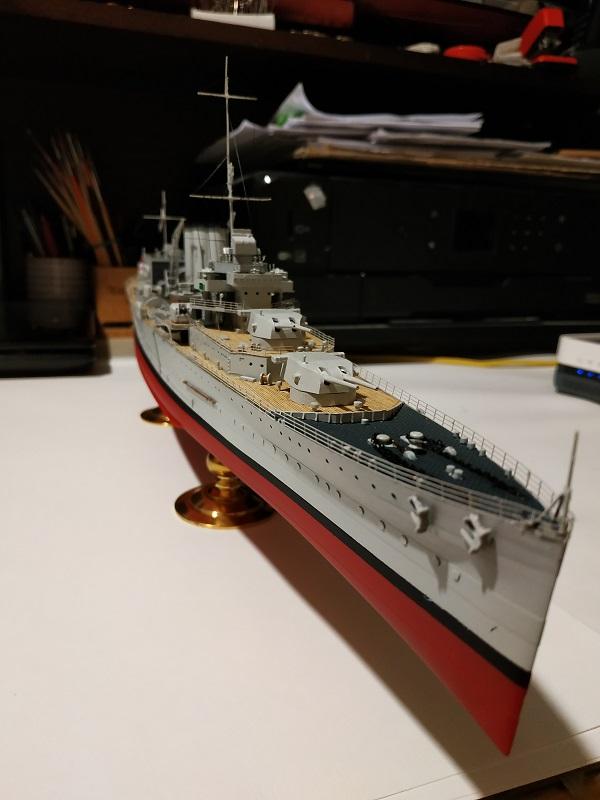 HMS Cornwall Croiseur Pesant 1/350 de Trumpeter Img_2574