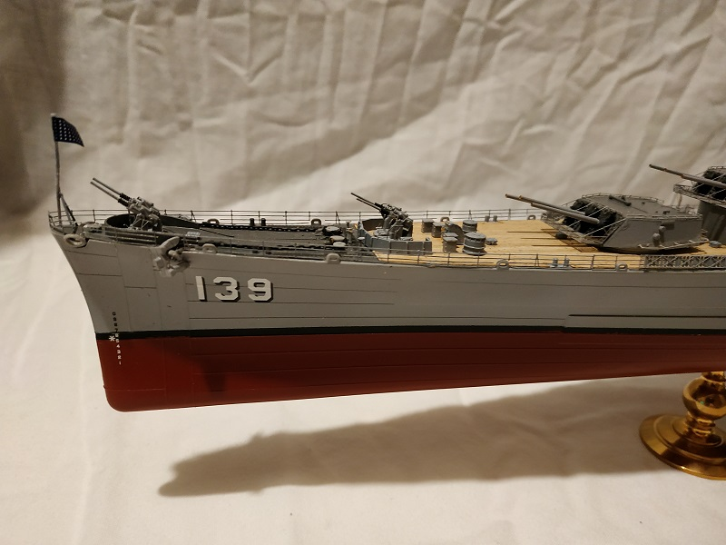 USS Salem CA-139 Heavy Cruiser 1/350 Img_2762