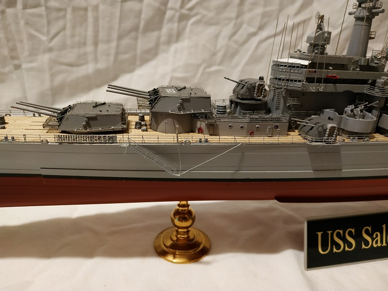 USS Salem CA-139 Heavy Cruiser 1/350 Img_2763