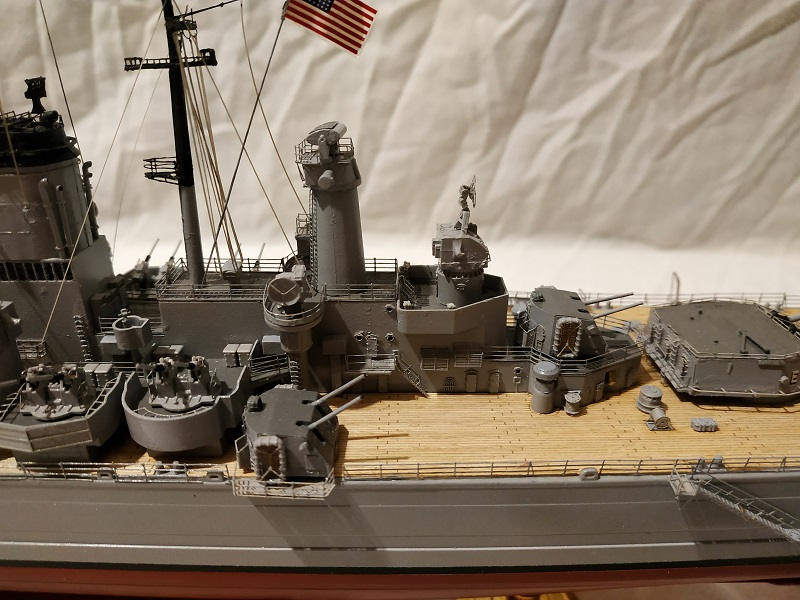 USS Salem CA-139 Heavy Cruiser 1/350 Img_2766