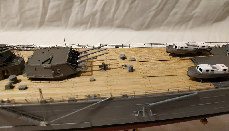 USS Salem CA-139 Heavy Cruiser 1/350 Img_2767