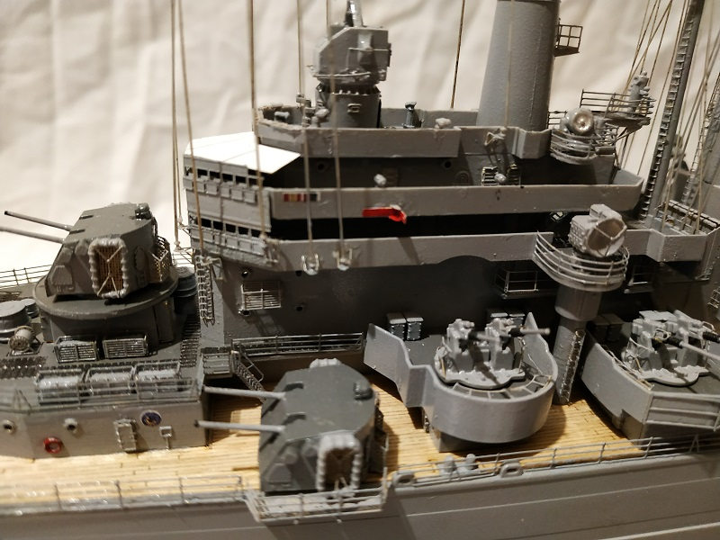USS Salem CA-139 Heavy Cruiser 1/350 Img_2773