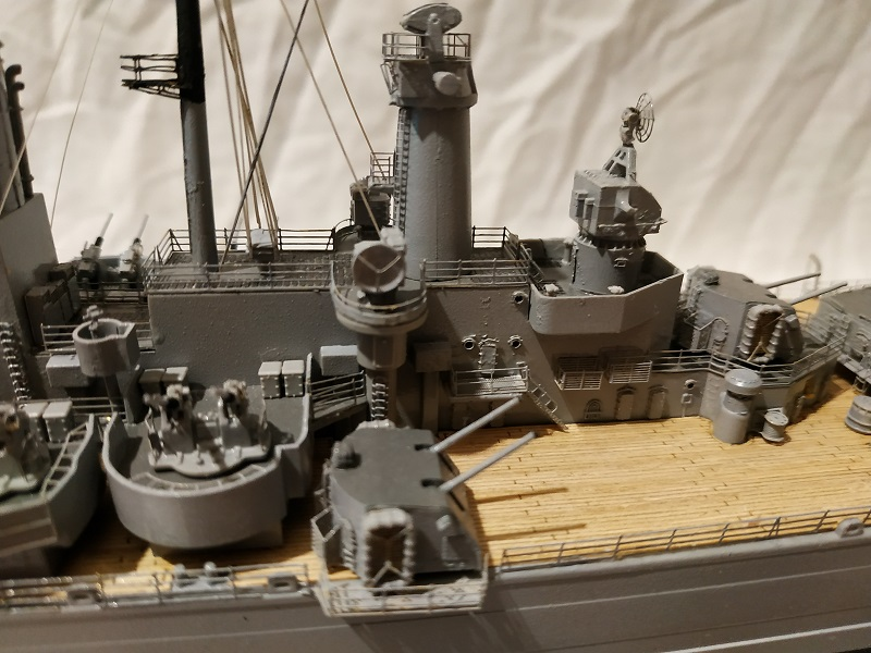USS Salem CA-139 Heavy Cruiser 1/350 Img_2775