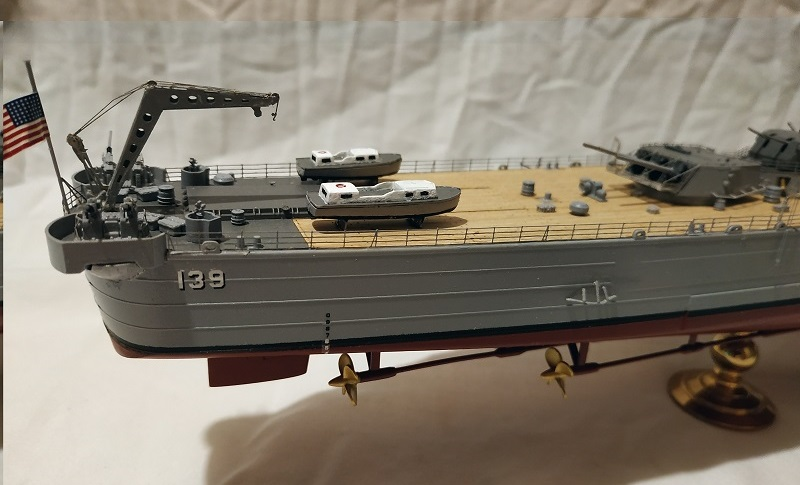 USS Salem CA-139 Heavy Cruiser 1/350 Img_2779
