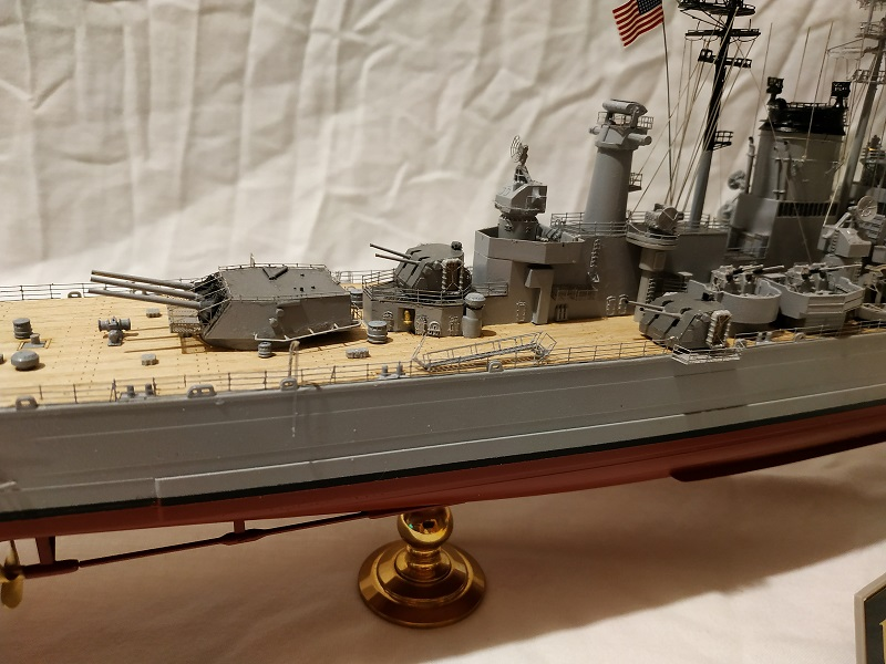 USS Salem CA-139 Heavy Cruiser 1/350 Img_2780