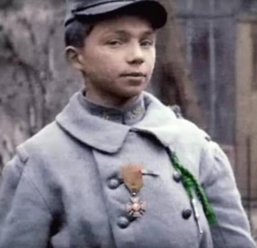 Les enfants-soldats de la Grande guerre. Enfant11