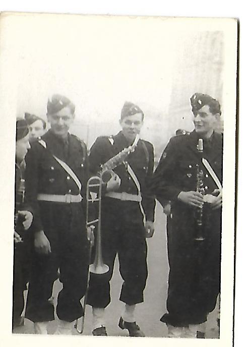 Pierre Borne musicien au 1er BCP. Papy_113