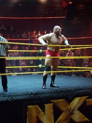 Photos live NXT Lars_s10