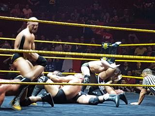 Photos live NXT Soumis10