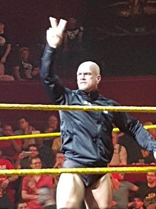 Photos live NXT Un_ang10