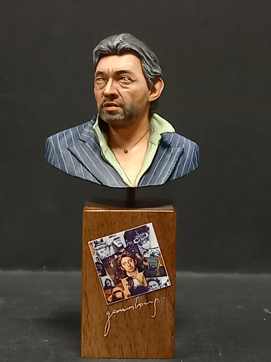 Buste Serge Gainsbourg terminé - Page 2 Gains_29
