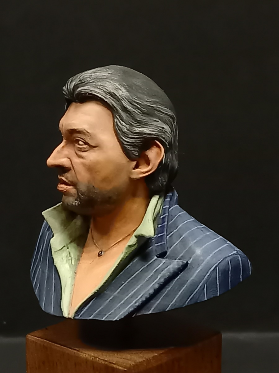 Buste Serge Gainsbourg terminé - Page 2 Gains_33