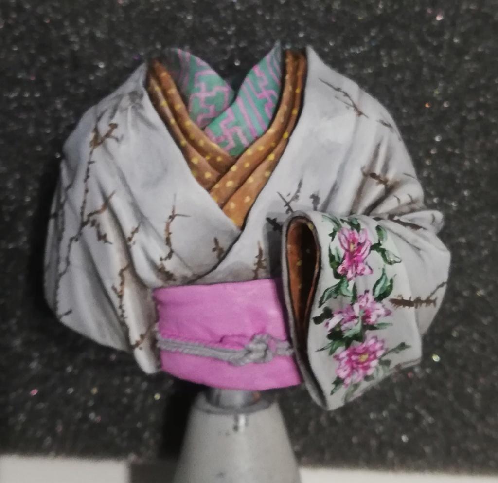 Buste de Geisha terminée - Dernières photos - Page 2 Geisha26