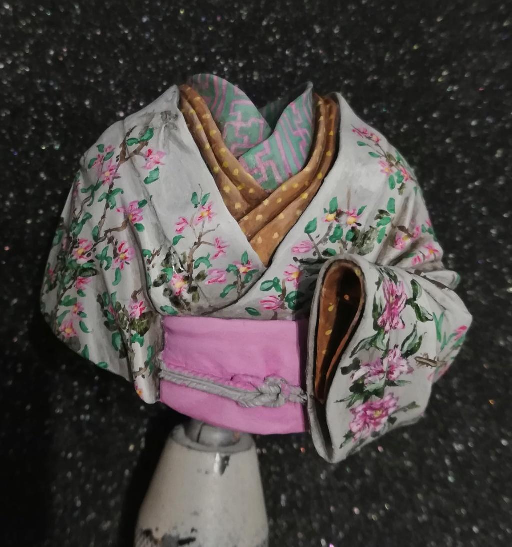 Buste de Geisha terminée - Dernières photos - Page 3 Geisha27