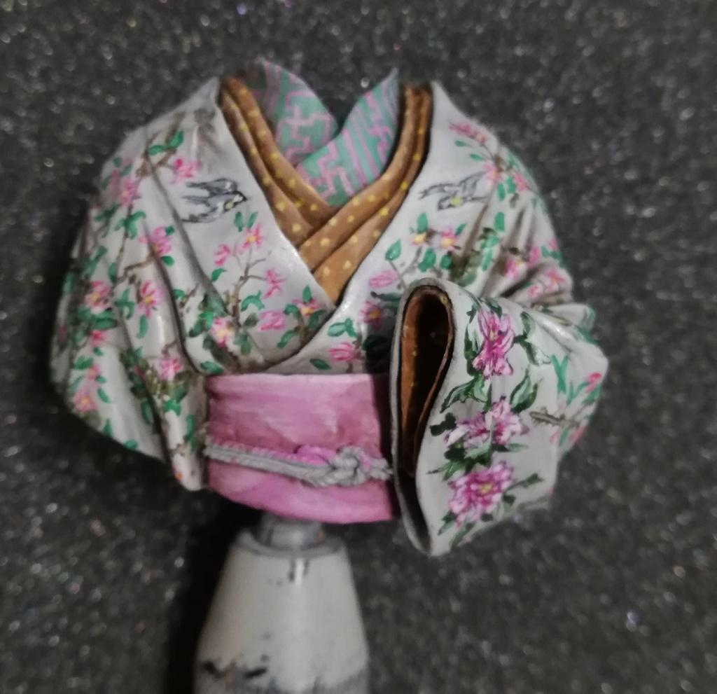 Buste de Geisha terminée - Dernières photos - Page 2 Geisha30