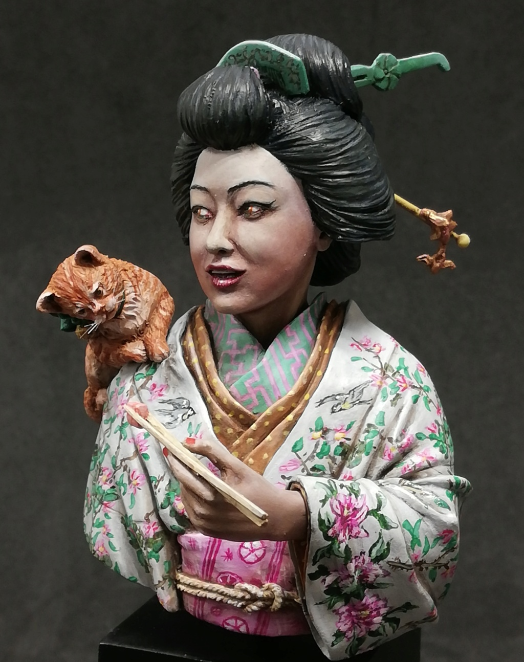 Buste de Geisha terminée - Dernières photos - Page 2 Geisha37