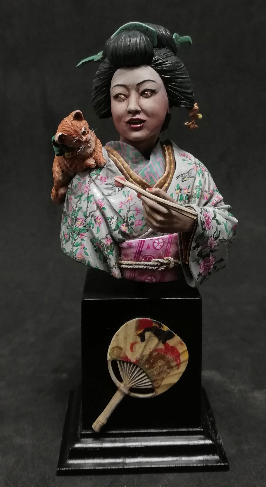 Buste de Geisha terminée - Dernières photos - Page 3 Geisha45