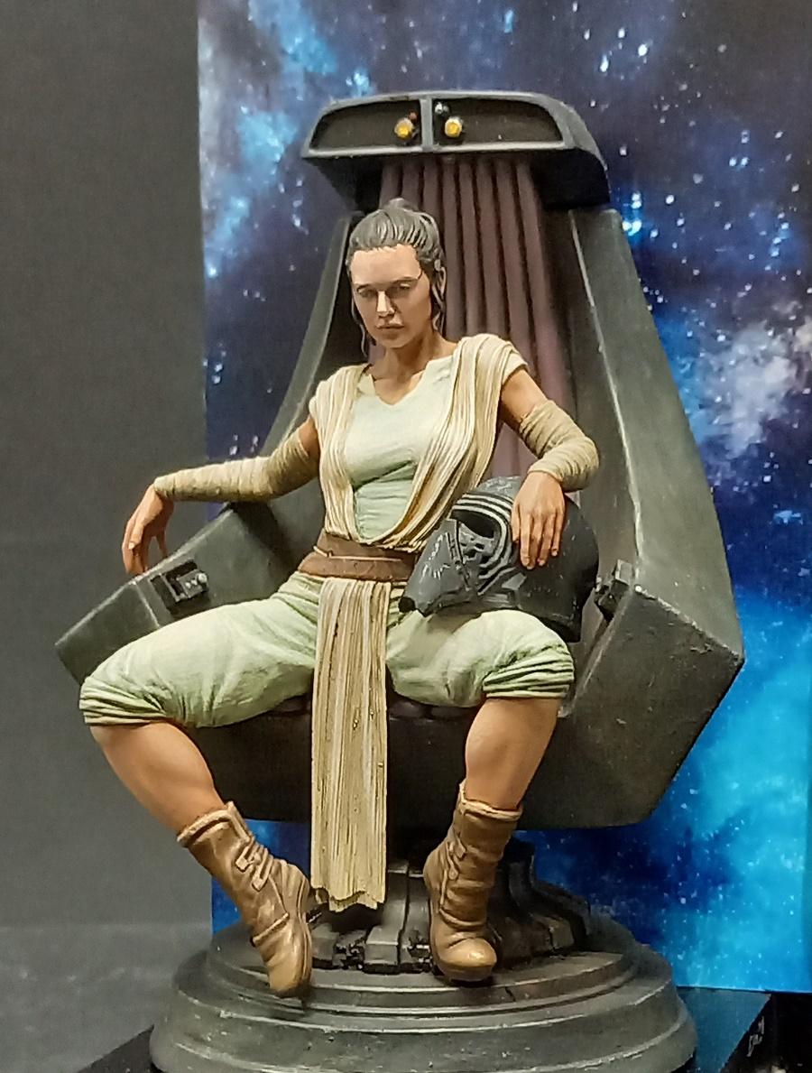 Rey Skywalker terminée - Page 2 Rey_1710