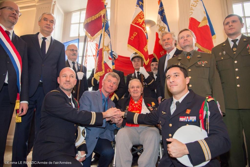 Décès du dernier survivant du Normandie-Niemen 79363310