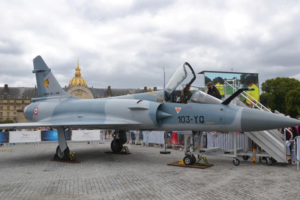 14/07: les Français a la recontre de leurs armées - Paris Dsc_0026