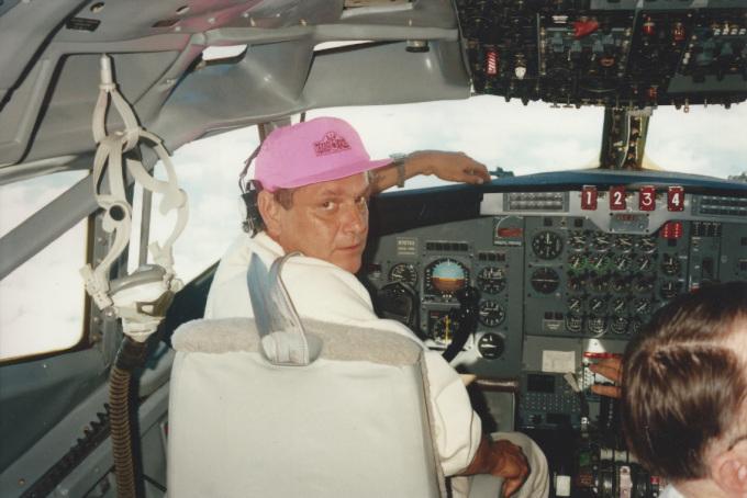 Décès d'Alain Streiff, cascadeur aéronautique Mot-2710