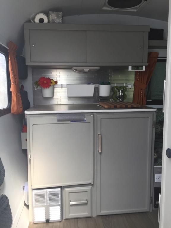 Ajout de cabinet et lit escamotable roulotte Prolite ECO 12  34610610