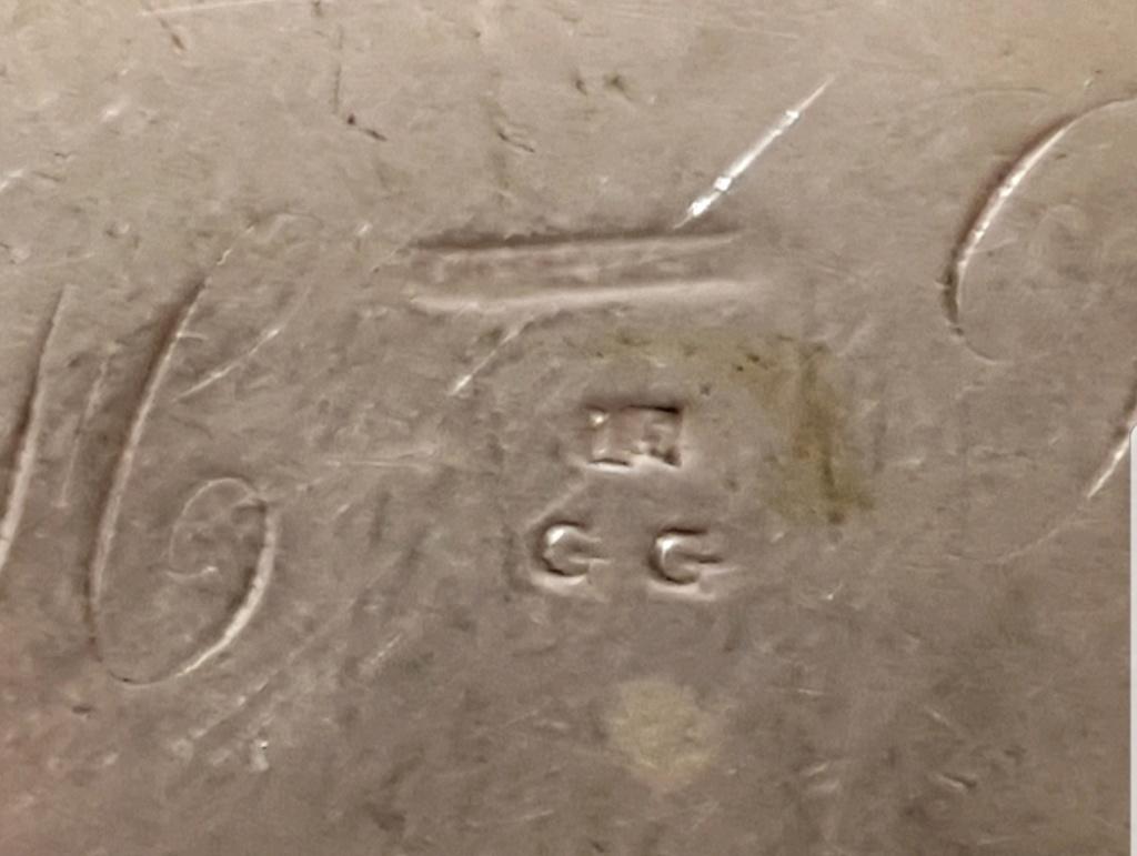 Plat en argent ou métal argenté  Smart122
