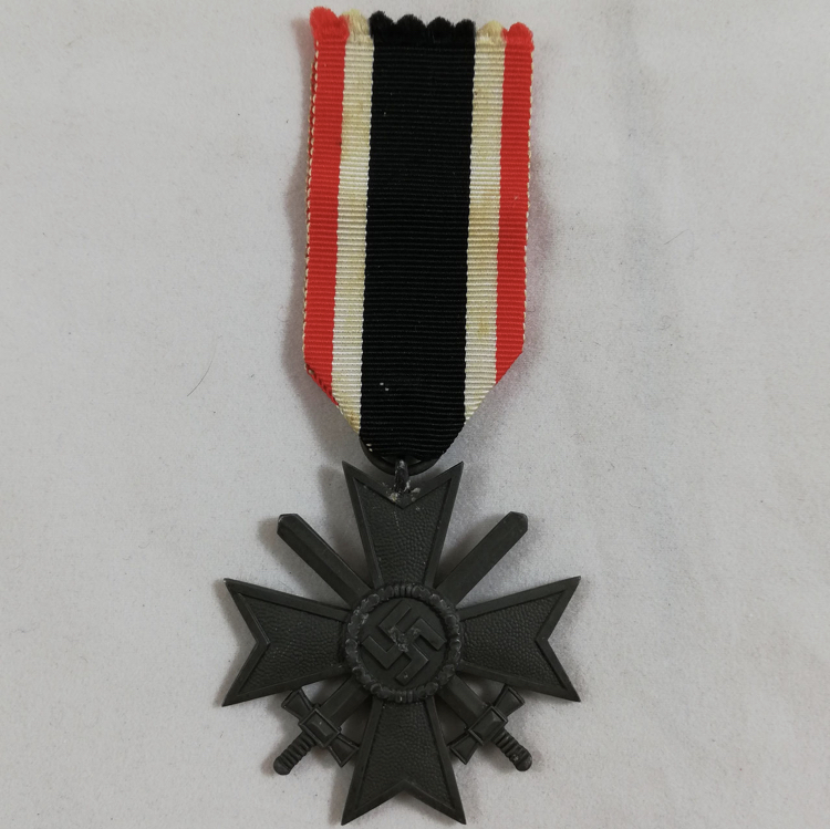 Avis sur Kriegsverdienstkreuz.2 classe 35920b10
